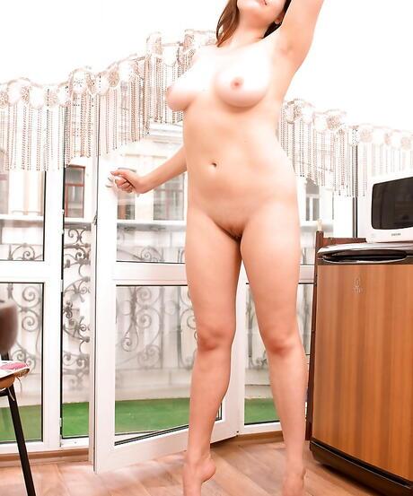 Free Kitchen Porn