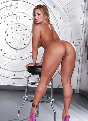 Free High Heels Porn