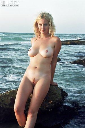 Free Outdoor Porn