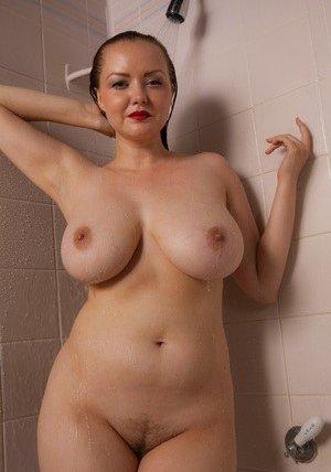 Free Shower Porn